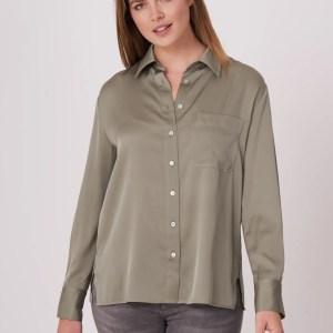 Zijden overhemd met borstzakje en zijsplitten