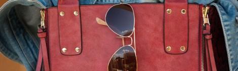 Rote Tasche Sonnenbrille