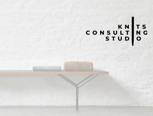 Kleine Strick Kollektion in Deutschland herstellen lassen mit Knits Consulting Studio