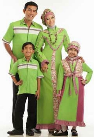 Model baju keluarga lebaran Terbaru