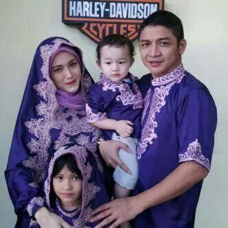 Model Baju Lebaran Keluarga Warna Biru Terbaru