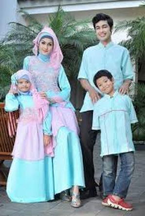 Model Baju Batik Keluarga Plus Anak Pekalongan Terbaru