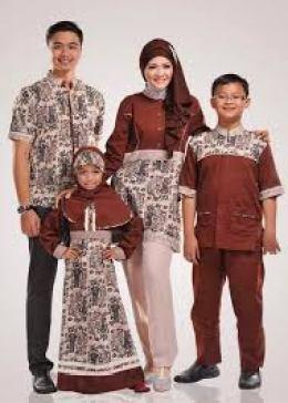 Baju Muslim Batik Couple Keluarga 2 Anak Modern