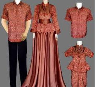 Model Baju Batik Muslim Lebaran Keluarga Artis Terbaru