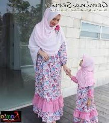 Model Busana Couple Ibu dan Anak Perempuan Terbaru