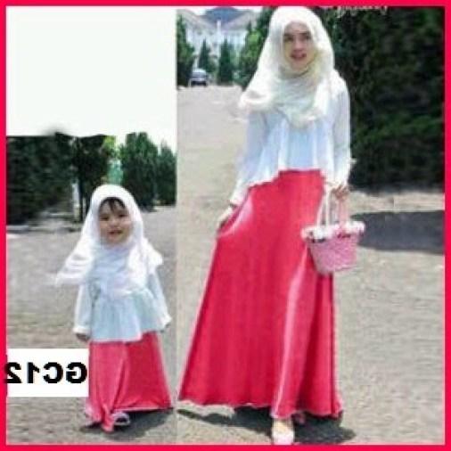 Baju Muslim Couple Ibu dan anak perempuan Warna Putih Terbaru