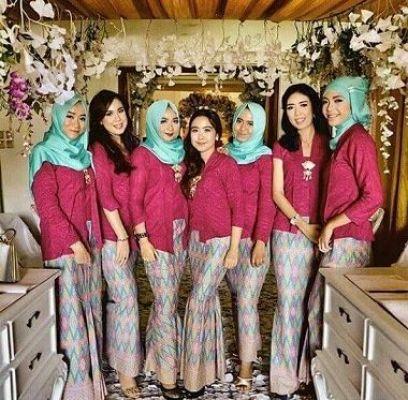 Contoh Model Baju seragam Pesta Perkawinan Modern Terbaru