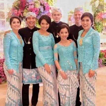 Contoh Baju seragam pernikahan modern Terbaru