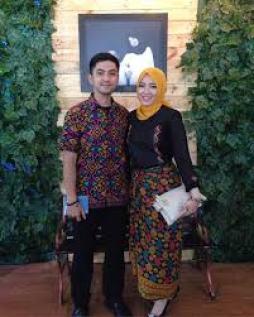 Model Baju Muslim Brokat Keluarga Terbaru