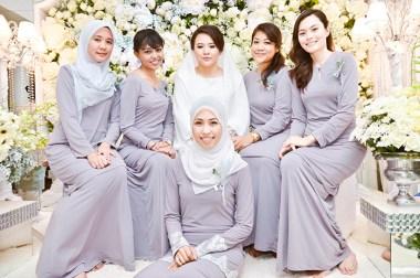 Busana Kebaya Seragam Keluarga Untuk Pernikahan
