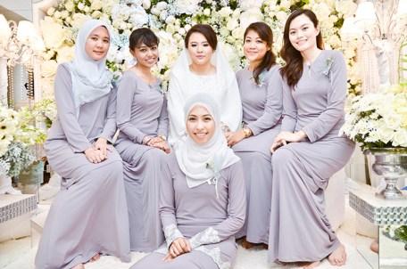 Model Pakaian Keluarga Pengantin Malaysia Terbaru