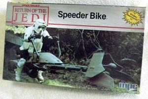 スピーダーバイク 00-01