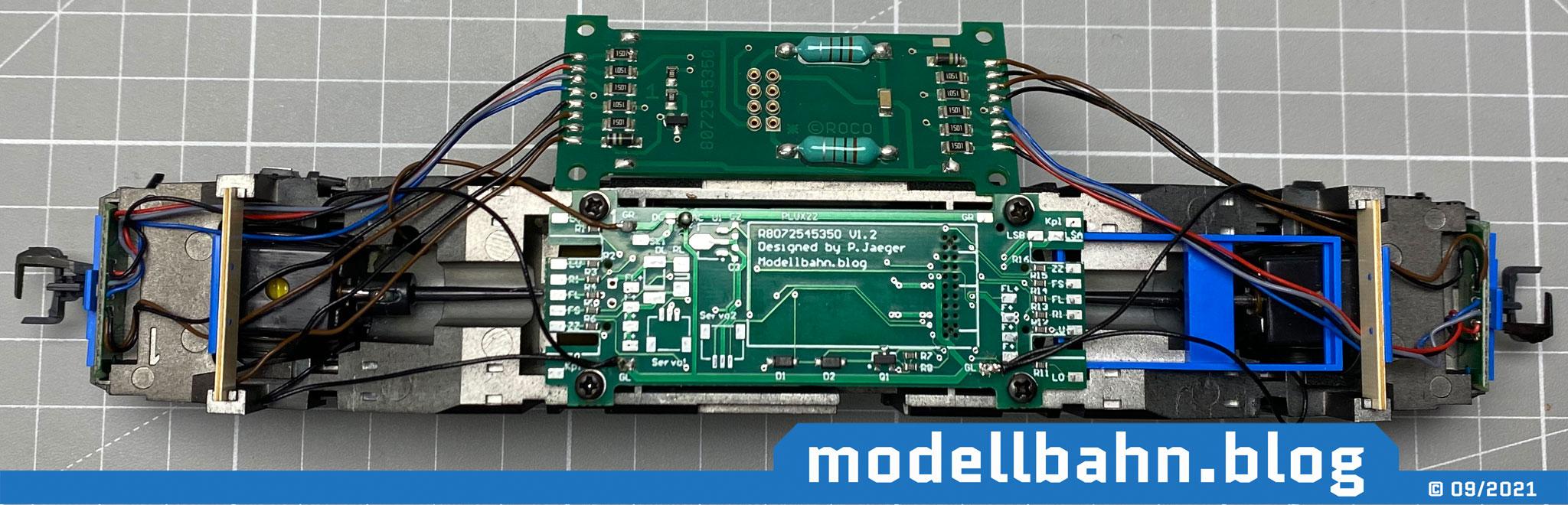 Bild 6: Roco TRAXX2 mit eingebauter Plux22 Platine und angelöteten Kabel Radkontakte und des Flüsterschleifers