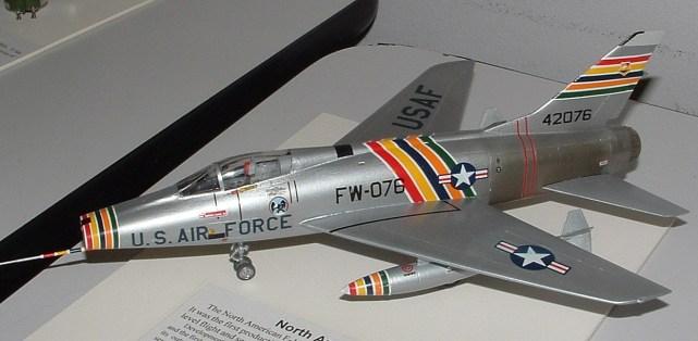 Leighs F-100D CO's silver bird