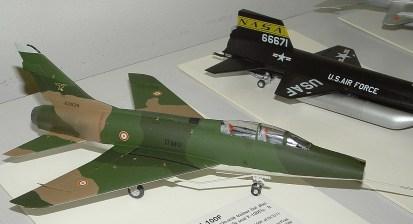 Leighs F-100F nice