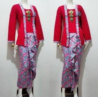 Baju Batik Kombinasi Embos untuk Acara Perpisahan atau Wisuda