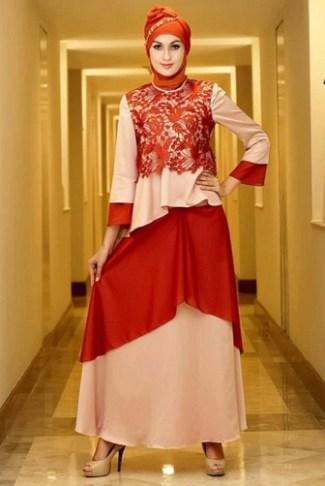 Baju Gamis Muslim dengan Motif Batik yang Di Kombinasi Satin