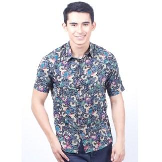 Model Baju Batik Lengan Pendek untuk Pria dengan Gaya Slimfit