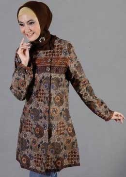 Model Baju Batik Atasan Wanita Lengan Panjang untuk Muslimah