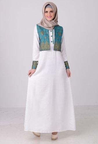 Model Baju Gamis Batik Kombinasi Polos untuk Pesta Pernikahan