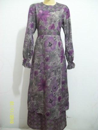 Model Baju Gamis Sifon Kembang dengan Desain Kalem