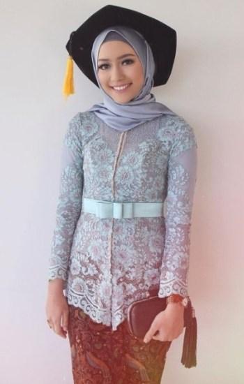Model Kebaya Brokat untuk Remaja Muslim Saat Wisuda