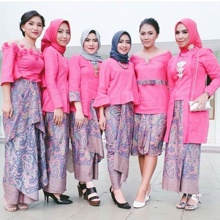 35 Model Kebaya Modern Terbaru 2018 Jenis Kutu Baru Brokat Bali Dll