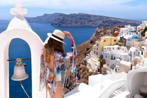 Luxury travel Santorini and Mykonos 2 Great Places To Visit In Greece