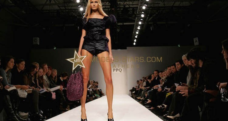 perfect-runway-walk