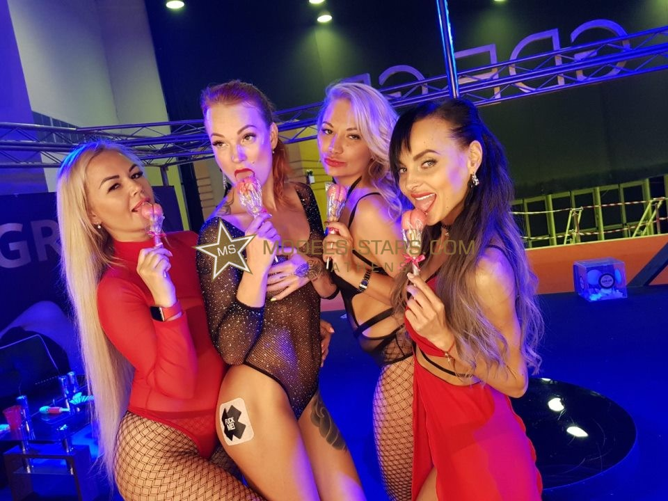 the-amazing-spectacle-of-models-stars-at-the-erotic-festival-2019