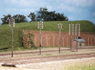 Ratio 211 Telegraph Poles x10 (N gauge plastic kit)