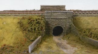 Wills SS38  Cattle Creep, stone type arches & abutments (OO scale kit)