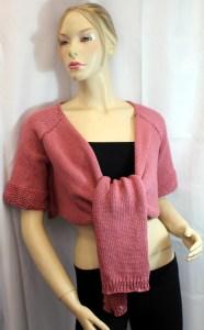 Vous cherchez une veste en coton pour l'été, avec des couleurs joyeuses? Vous voulez une forme différente à draper selon votre humeur? Fiorista est pour vous!
