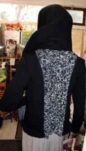 Veste féérique noire, poche et torsade argentées