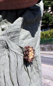 Une p'tite fleur pour décorer une poche