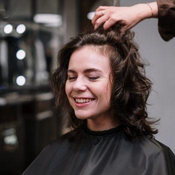 teenage girl hair loss
