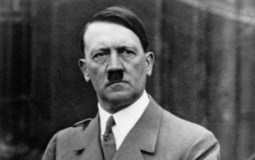 """""""Hitler sağdır, türkləri də yəhudilər kimi..."""" - Skandal məktub"""