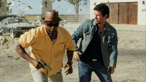 2 Guns: Washington & Wahlberg vs Everyone Else
