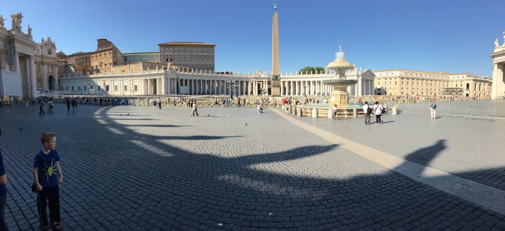 St. Peter's square -probably the emptiest I have ever seen it.