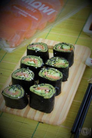 Keto sushi brokułowe