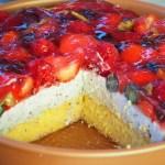 keto torcik straciatella z owocami