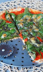 Keto pizza (Paleo, LowCarb, bez glutenu)