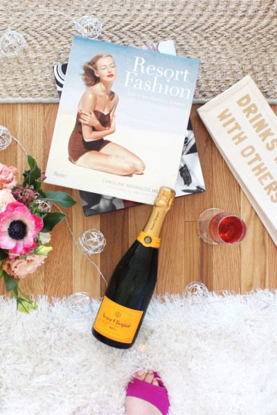 All The Right Elements To Host A Picture Perfect Galentine's Day