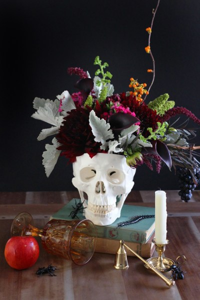 The Absolute Best Spooky Yet Chic Elements To Decorate Your Home With For A Classy Halloween Event
