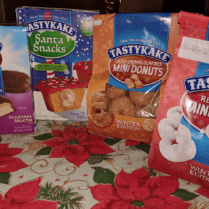 Tastykake is helping Santa with Tastykake Winter Limited Edition Snacks #Christmas2017 #AD