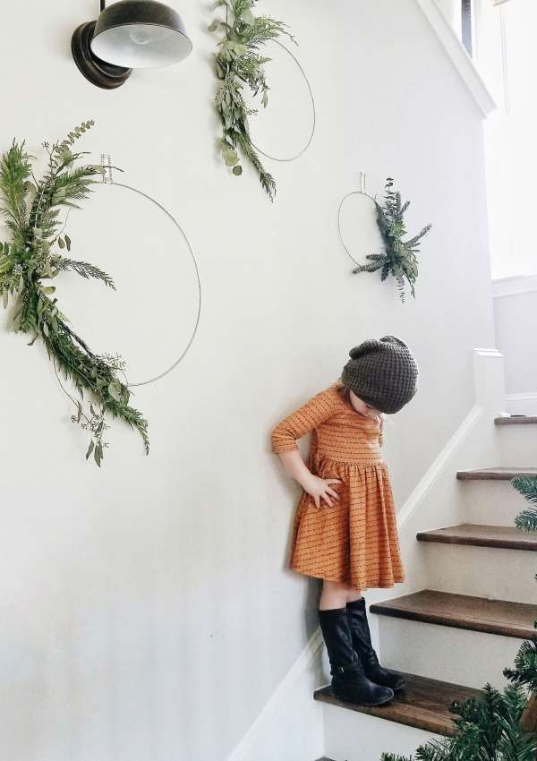 DIY Minimalist Scandinavian Christmas Wreath featured by top Nashville lifestyle blog, Modern Day Moguls