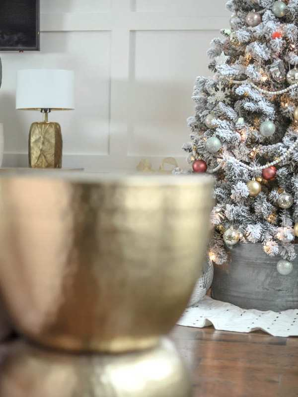 Holiday Home Tour: Stunning Mid-Century Modern Christmas Decor