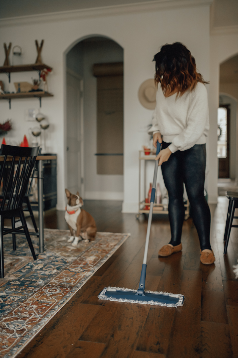 Bona | Life | Motherhood | How to Clean your Floors in 15 Minutes each Week featured by top Nashville life and style blog Modern Day Moguls