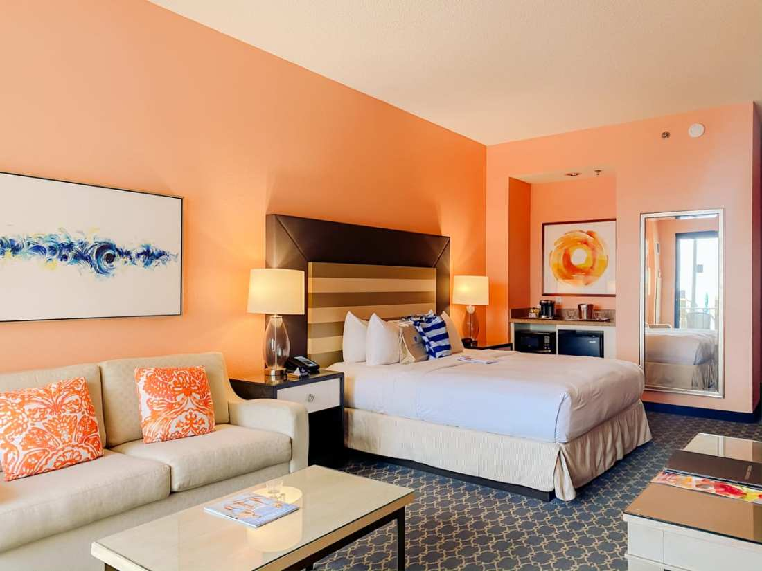 30a Songwriters Festival by popular Nashville life and style blog, Modern Day Moguls: image of a hotel room at the Hilton Sandestin Beach Gold Resort and Spa.