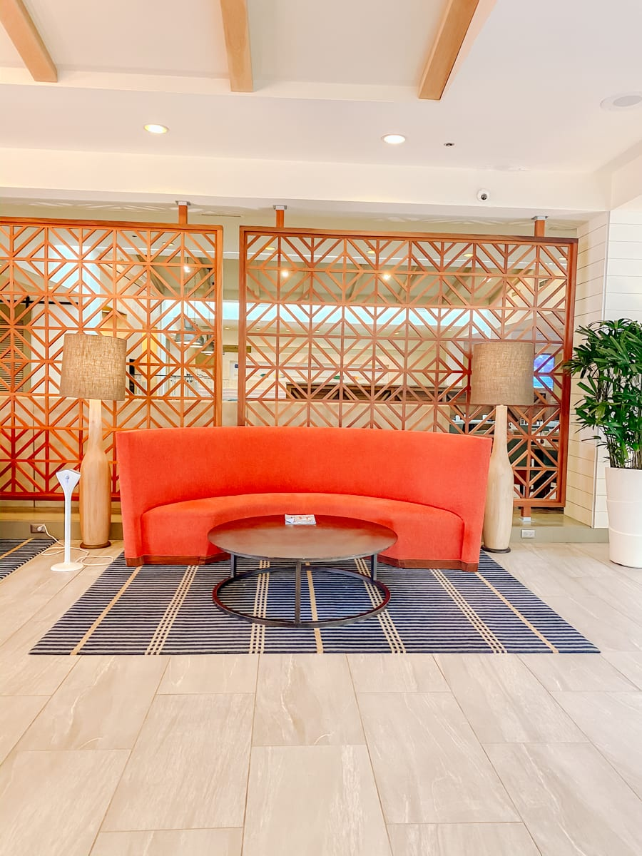 30a Songwriters Festival by popular Nashville life and style blog, Modern Day Moguls: image of the Hilton Sandestin Beach Golf Resort and Spa lobby.